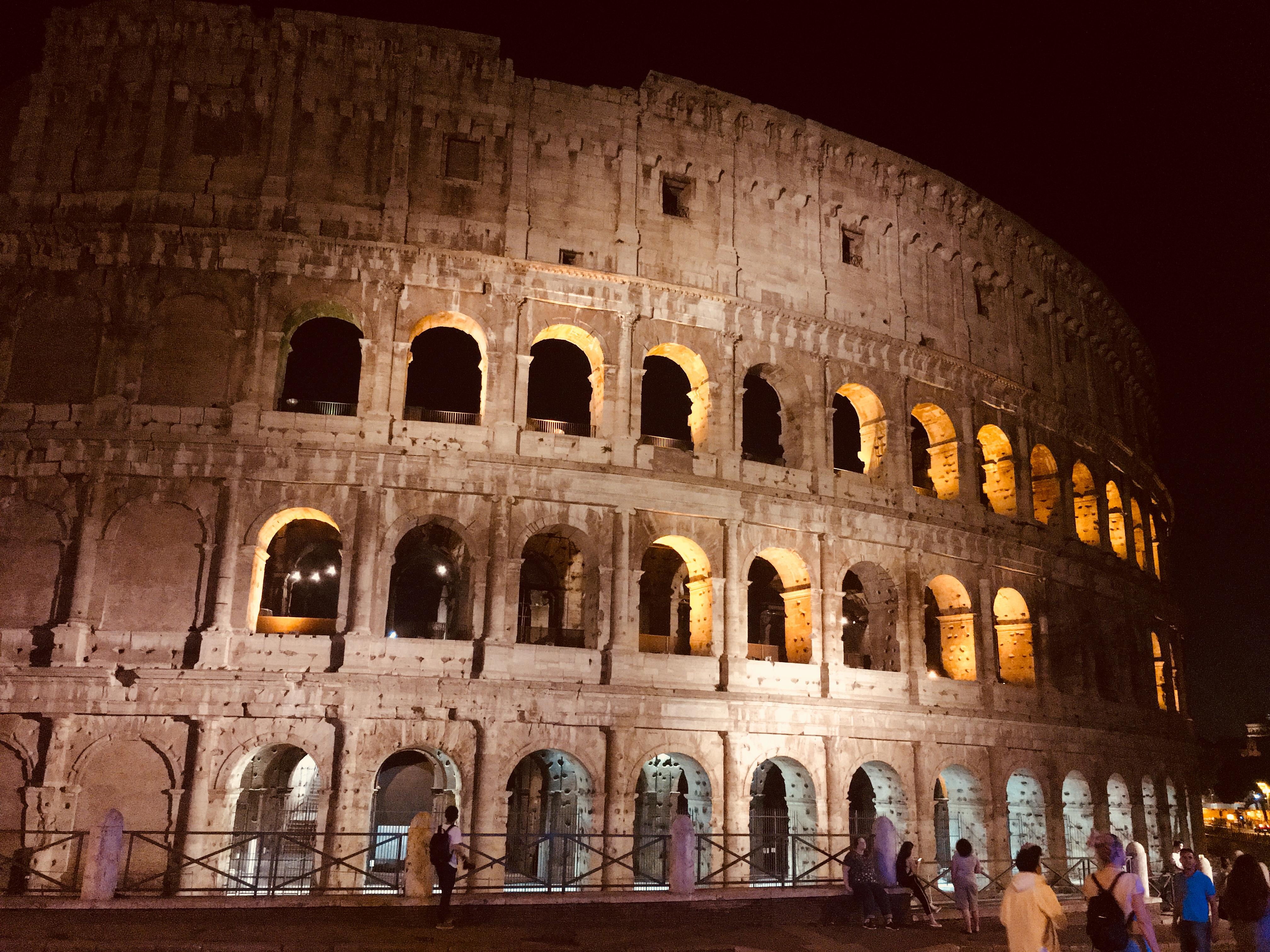 Coliseu em Roma - Foto de Gustavo Costa Partiu a Dois