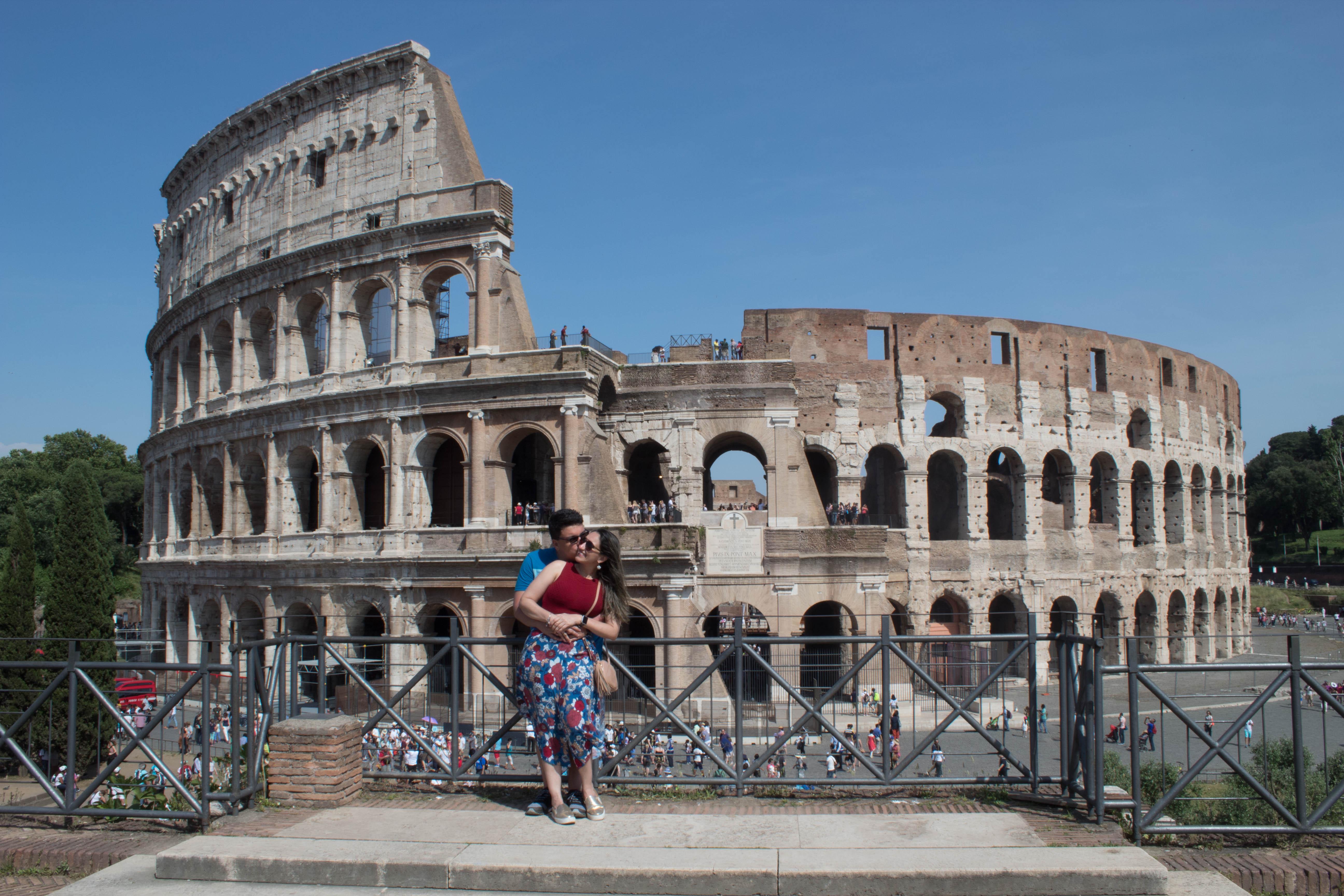 O que fazer em Roma? Vista do Coliseu